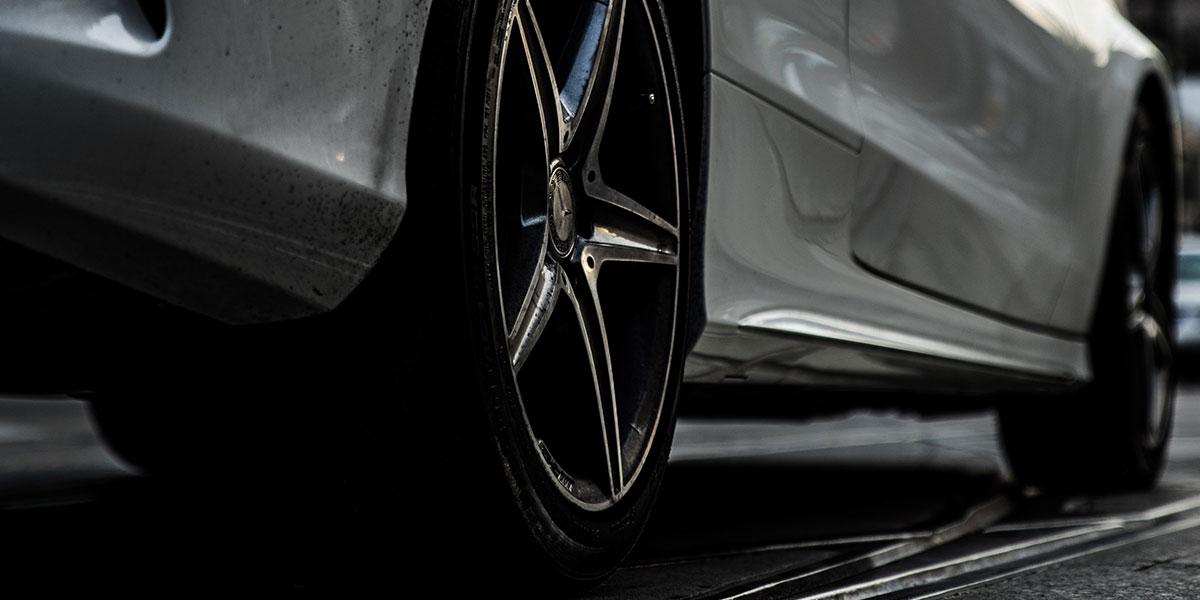 Wheels of a sporty car